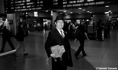 Dr. Takeshi Yamada and Seara (Coney Island Sea Rabbit) at the New York Penn Station in Manhattan, NY on May 13, 2015.  20150513 144=C3BW (searabbits23) Tags: ny newyork sexy celebrity rabbit art hat fashion animal brooklyn asian coneyisland japanese star tv google king artist dragon god manhattan famous gothic goth uma ufo pop taxidermy vogue cnn tuxedo bikini tophat unitednations playboy entertainer oddities genius mermaid amc mardigras salvadordali performer unicorn billclinton seamonster billgates aol vangogh curiosities sideshow jeffkoons pennstation globalwarming mart magician takashimurakami pablopicasso steampunk damienhirst cryptozoology freakshow seara immortalized takeshiyamada roguetaxidermy searabbit barrackobama ladygaga climategate  manwithrabbit