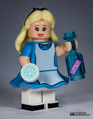 Lego 71012 - Minifigures (gnaat_lego) Tags: ariel lego stitch buzzlightyear alice review peterpan disney syndrome mickeymouse minniemouse aladdin ursula donaldduck genie cheshirecat mrincredible captainhook maleficent daisyduck 71012 gnaat pizzaplanetalien collectableminifigures hellobricks