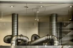 come  diventata complessa una cucina (gianmaria.colognese) Tags: cucina tubi filtri aspiratori