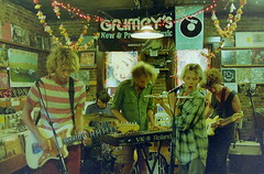 POND (emily_quirk) Tags: emily pond nashville australia perth instore quirk grimeys instoreperformance jaywatson tameimpala emilyquirk nickallbrook beardwivesdenim cameronavery