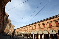 Piazza Galvani, Bologna (klausbergheimer) Tags: basilica emilia bologna piazza portici sanpetronio romagna galvani petronio porticoes pavaglione