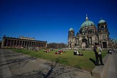 a spasso per Berlino (ToniZancle) Tags: berlin canon sole azzurro berlino tonizancle