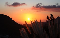El sol llegando a La Gomera - The sun coming to La Gomera