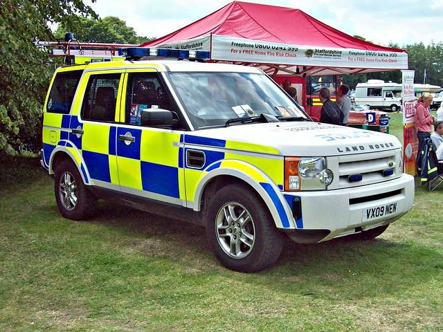 police british landrover staffordshire 2000s vx09nen