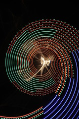 Lensless/Light-Paint Combo 0982 (- Hob -) Tags: longexposure lightpainting spiral right led what bloody nophotoshop lensless combination nolens singleexposure a sooc citylites refractography fannyon 何後処理ん 无后处理