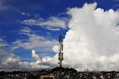 Dalat city Vietnam (e.nhan) Tags: city blue sky cloud clouds vietnam dalat enhan
