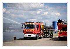Sapeurs-pompiers 76 (SiouXie's) Tags: city red color rouge dock fuji rouen fujifilm normandie normandy quai couleur pompier ville reportage 76 55200 siouxies fujixe2