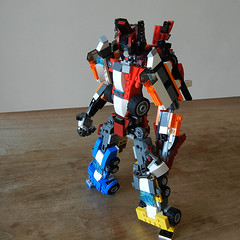 DSCN6407 (alfa145q_lego) Tags: robot lego mecha rebuild alternate 31034 31033 31032 legocreator vehicletransporter redcreatures futureflyers