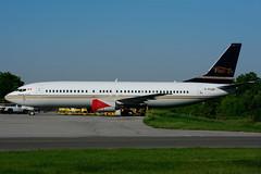 C-FLDX (Flair Air) (Steelhead 2010) Tags: boeing b737 b737400 yhm creg flairair cfldx
