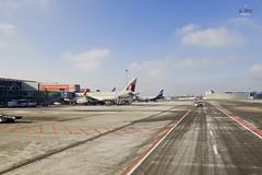 Qatar and Aeroflot (A. Wee) Tags: tarmac airport poland warsaw chopin airways qatar a320 aeroflot