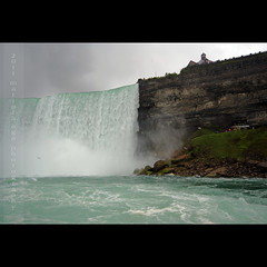 Horseshoe Falls of Niagara Falls (mariola aga) Tags: trip people cliff mist fall water rain square niagarafalls boat waterfall wideangle tourists horseshoefalls niagarariver rainyweather thegalaxy canadianside sailsevenseas