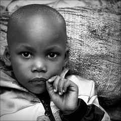 Anima Fragile (cisco image ) Tags: boy portrait canon eyes hands mani occhi cisco soul uganda anima kampala fragile glance ritratti ritratto presenze soulsound saariysqualitypictures eos5dmarkii