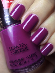 passion fruit, revlon (nails@mands) Tags: purple nagellack polish nails nailpolish mands roxo passionfruit lacquer revlon esmalte perfumado