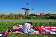 Kinderdijk (Juan Rubiano) Tags: original people paisajes holland colour primavera netherlands dutch relax landscapes nikon colorful europa europe place thenetherlands windmills colores molino holanda colourful molinos niederlande d300 themoulinrouge rubiano molinosdeviento dieniederlande firstquality pasesbajos greatshots godslight supershot withoutphotoshop topshots sinphotoshop outstandingshots flickrsbest withoutedition springphotos artlibre superbmasterpiece travelerphotos 100original sinedicin lasmejoresfotos molinosdevientos worldwidelandscapes themostbeautifulphotos vosplusbellesphotos withoutretouching sinhdr themostbeautifulshots withouthdr lasfotosmasinteresantes themostinterestingphotos purafotografa photopure juanrubiano wwwjuanrubianocom