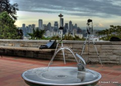 Kerry Drinking Fountain (Andrew E. Larsen) Tags: seattle sky kerrypark papalars andrewlarsen andrewlarsenphotography kerryparkmystique