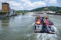 Vienne (Isre) : pont de Lattre de Tassigny (bernarddelefosse) Tags: france rhnealpes rhne isre vienne lerhne eau pniche pont