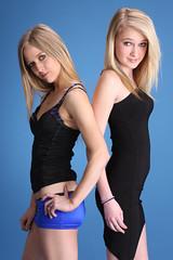 Dana & Kim (Ardias) Tags: sexy girl beautiful smile pretty dress kim natural longhair dana blonde blackdress shortskirt wow1 wow2 wow3 alienbees canon40d mygearandme dblringexcellence