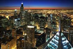 (Kevin Dickert) Tags: city sunset urban chicago skyline architecture night nighttime bluehour chasetower willistower heritageatmillenniumpark iamhydrogen kevindickert