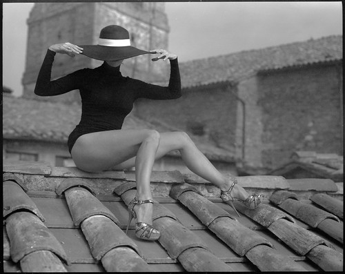 Lady with a hat by Radoslaw Pujan