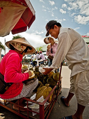 Can Tho -1020001 (Neil.Simmons) Tags: asia market candid delta panasonic vietnam durian g3 mekong cantho