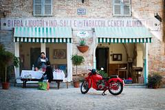 (Capannelle) Tags: vintage motoguzzi birra vino falcone grottammare liquori salietabacchi generialimentari