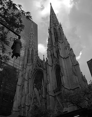 "St. Patrick's Cathedral • <a style=""font-size:0.8em;"" href=""http://www.flickr.com/photos/59137086@N08/7175483623/"" target=""_blank"">View on Flickr</a>"