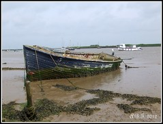 Orford (Alan B Thompson) Tags: river boat suffolk picasa eastanglia 2012 orford fugiz300