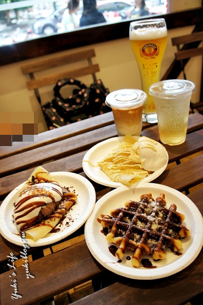 [中和_食]*《YELLOWHITE 黃白小屋‧德國小吃》好吃的鬆餅+薄餅