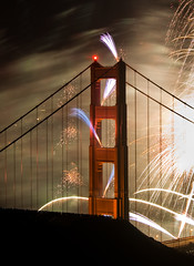 On a clear night in May (shhflights) Tags: sanfrancisco fireworks goldengatebridge slackerhill olympusep1 goldengatebridgefireworks goldengatebridge75thanniversary goldengatebridge75thanniversaryfireworks