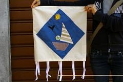 Giochiamo con stoffa, fili e bottoni (Tumbo Rovigo) Tags: cristina fili stoffa rovigo bottoni tumbo scardovi mintrigo