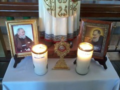 RELICS OF PADRE PIO DURING HIS 125TH BIRTHDAY CELEBRATION IN MASAMBONG (Work of the Saints) Tags: padrepio sanpio ppio stpio armachristi masambong piodapietrelcina