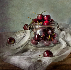 the sweet taste of cherries (pimontes) Tags: hss magicunicornverybest sliderssunday misionfez120501