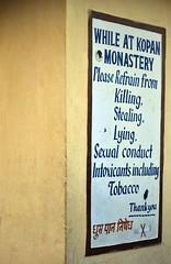 (SuniBu) Tags: nepal monastero segnale kopan divieto buddhismo