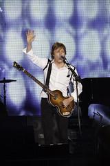 Paul McCartney - Out There Concert   140420-5742-jikatu (jikatu) Tags: rock night canon paul uruguay concert concierto band beatles montevideo mccartney centenario orquesta outthere canon5dmkii jikatu