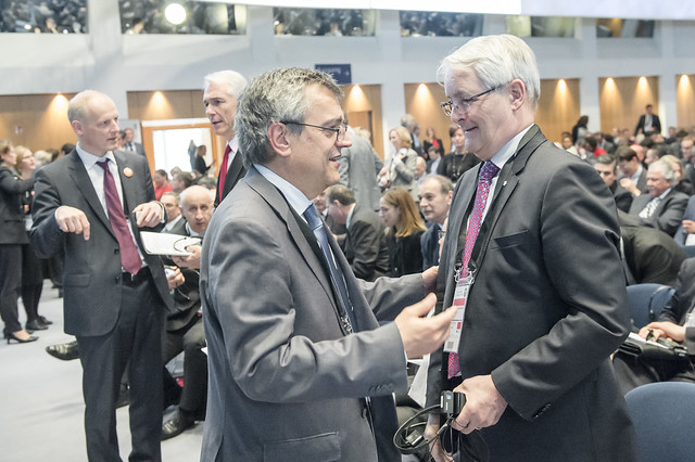 José Viegas speaks with Marc Garneau