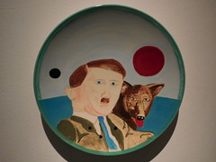 Adolf Hitler (klaas_mulder2001) Tags: museum hitler hond adolf leeuwarden keramiek