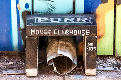 Mouse clubhouse (Paul Henman) Tags: toronto ontario canada sunday photowalk parkdale 2016 topw paulhenman torontophotowalks paulhenmanphotographyca httppaulhenmanphotographyca topwpkdl