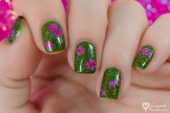 Flower water-free decals (www.lacqueredobsession.com) Tags: blue flower green art design bell nail stickers polish creme holographic elcorazn