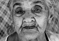 Dona Lia | 109 anos. (luaamissena) Tags: red 2 brazil blackandwhite bw woman usa branco brasil speed canon 50mm us photo nikon focus flickr colours photographer 14 8 sigma pic pb preto ii 7d 5d caruaru 12 18 pretoebranco pernambuco mk photograpy 6d 1835 monocromtico d600 18135 d400 8d 70d 60d canon60d d7100 d3000 d7000