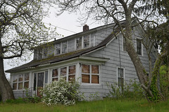 Abandonment (rchrdcnnnghm) Tags: house abandoned montgomeryny orangecountyny oncewashome bereany