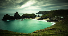 kynance cove (Kevin Heggie) Tags: longexposure england seascape beach landscape bay cornwall unitedkingdom cove slowshutter sigma1020mm mullion kynancecove sonydslra65