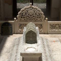 Tomb of the Nizam Nobility (VinayakH) Tags: india graves hyderabad tombs carvings necropolis nizam nobility paigah paigahtombs telangana maqhbarashamsalumara