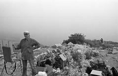 Painters on Mount Arbel (Israel) (Fogel's Focus) Tags: israel stand 28mm olympus rodinal zuiko f28 2012 1100 acros hikingtrip agfarodinal om1n 45min film:iso=100 legacypro100 developer:brand=agfa developer:name=agfarodinal film:brand=freestylearista freestylearistalegacypro film:name=freestylearistalegacypro100 filmdev:recipe=6345
