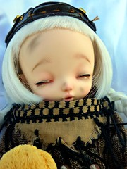 Sleeping Acerola (Purple  Enma) Tags: park sleeping espaa make up ball spain flora doll picnic dolls nap yo lola meeting faceplate andalucia sd cordoba siesta bjd fl resin acerola fairyland meet steampunk isy jointed ltf rakeru mombi littlefee