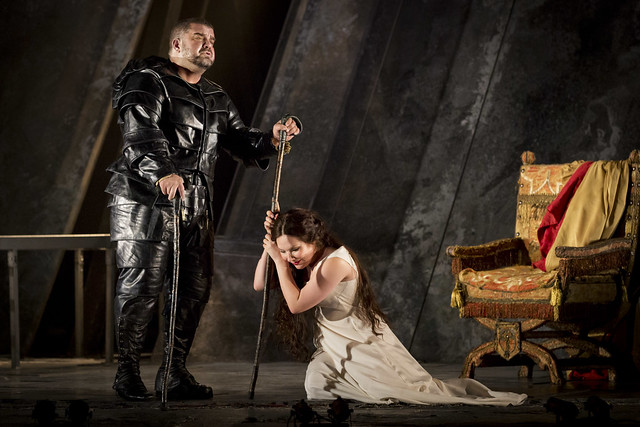 Dimitri Platanias as Rigoletto and Ekaterina Siurina as Gilda in Rigoletto © Johan Persson/ROH 2012