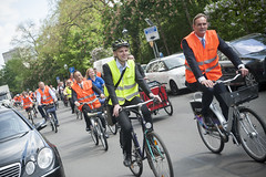 Mayor of Leipzig enjoys his city by bike