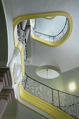 treppe (d.teil) Tags: berlin yellow stone circle stair treppe step staircase round column lauf ruind guesswhereberlin dteil