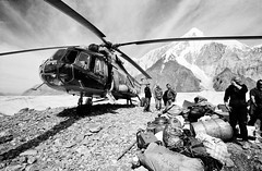 Mil-Mi 8 in Tien Shan (Kyrgyzstan) (S_Peter) Tags: bw film analog blackwhite fuji angle 21 tian wide 8 hc110 contax helicopter sw g2 100 mm analogue khan shan schwarzweiss kyrgyzstan pik tien hubschrauber acros pobedy tengri biogon pobeda kirgistan kirgisien   milmi