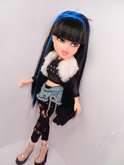 Jade J'Adore (alexbabs1) Tags: fashion tokyo kat dolls 4 funky jade passion sabina gogo kool treasures bratz cloe fashions butique featherageous