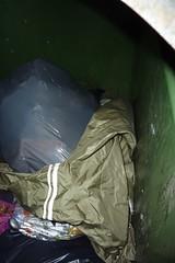 Long ladys raincoat (Seteg) Tags: trash gummi agu raincoat müll afvalbak trashed raincoats afval rainsuit regenjacke müllsack regenjassen regenmantel regnfrakke regenjas regenanzug regnfrakk regnjakke gummimantel regenpak regenbekleidung müllpresse gummiregenmantel afvalzak agusport